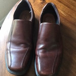 Men's Ecco dress shoe